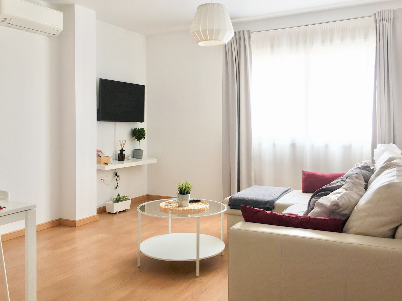 Holiday rental apartaments in Málaga. Apartments in the city center and El Palo beach. The best location in Málaga. - El Palo 1